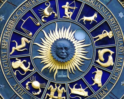 These 4 zodiac signs for success come in mature years!