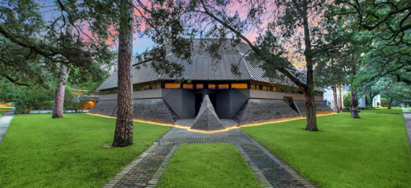 Dream home for Star Wars fans hits the property market in US